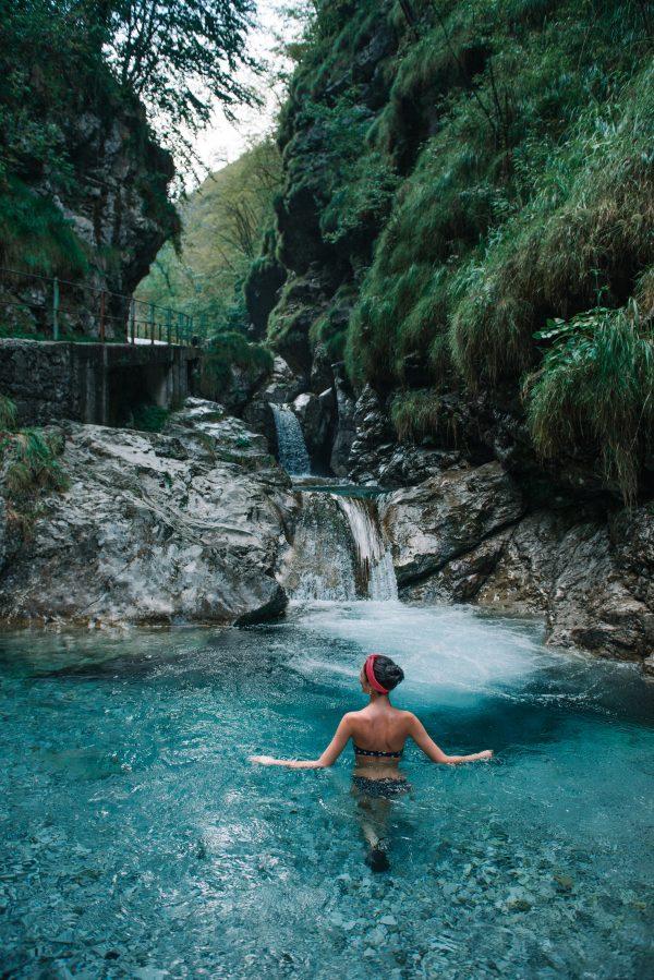 solo swim nature immersion