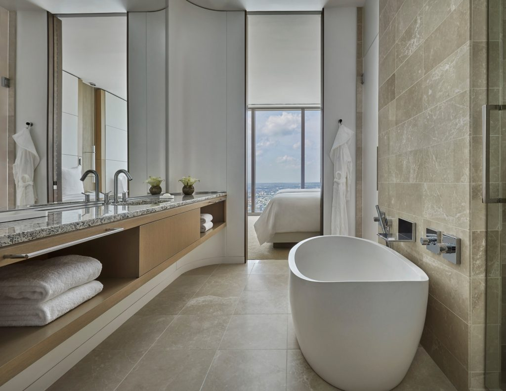 tub and bathroom at four seasons philadelphia
