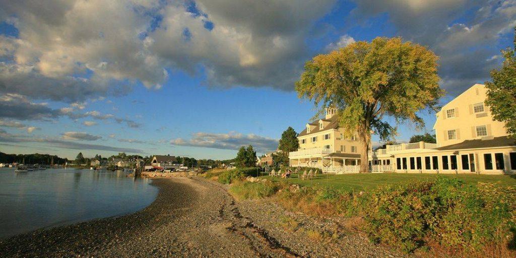 Breakwater Inn & Spa Luxury Retreat