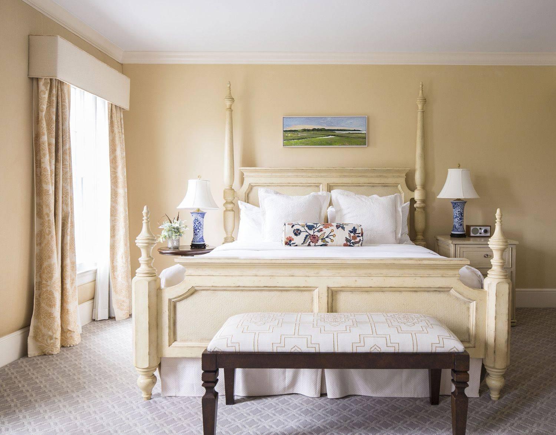 Delamar Southport King Suite